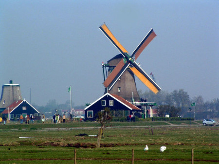Graybit Around the World RTW -Trave in Europe Travel in Netherlands Holland