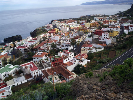 Graybit Around the World RTW -Travel family vacation fun stuff to do Canary Islands marina