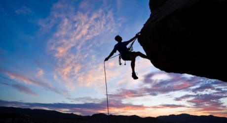 4 Reasons to Go Rock Climbing