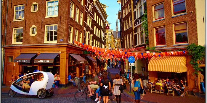 Affordable Accommodation Options in Amsterdam. Travel Smart!