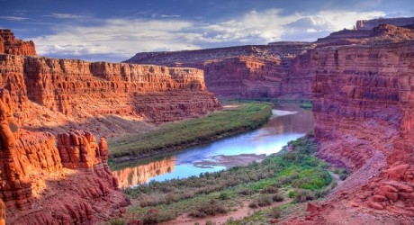 From River to Canyon: The Gorges and National Parks of Utah