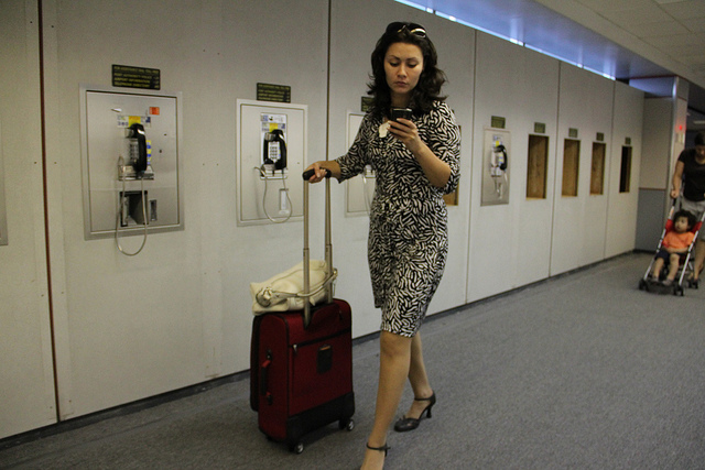 female travel light