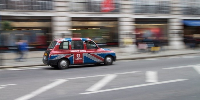 UK Holiday Makers Lease Likely to Tip Taxi Drivers and Housekeeping Staff