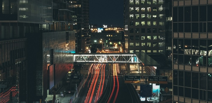 How to Avoid Traffic Jams While Traveling Through Toronto