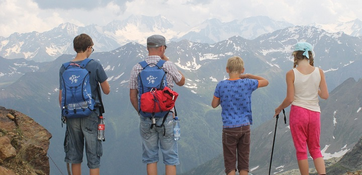 HOW TO CHOOSE THE BEST FAMILY HOLIDAYS FOR SUMMER